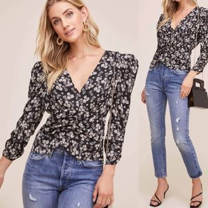 ASTR the Label Shirred Ditsy Floral Top size xs
